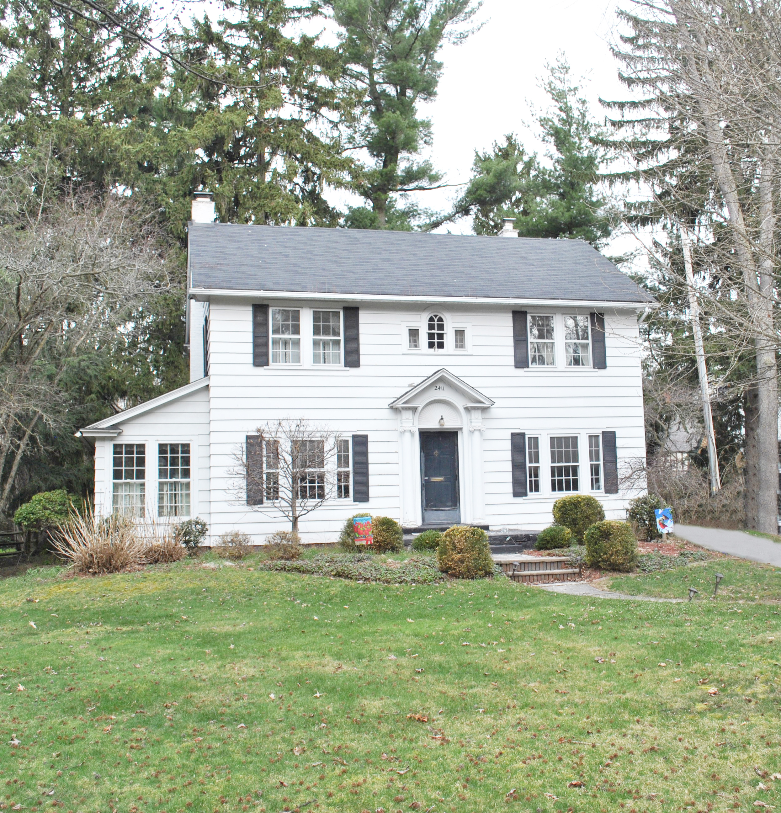 2411 Evergreen Rd Toledo Ohio 43606 Beth Rose Real Estate And Auctions Luxury Home Auctioneers